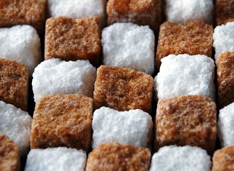 Аллергия на сахар: причины, симптомы, лечение