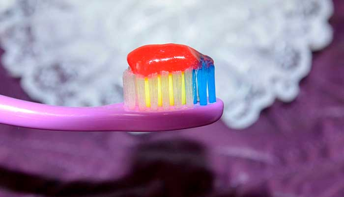 красители в зубной пасте