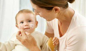 Как лечить псориаз кожи, на голове в домашних условиях, современными методами и народными средствами